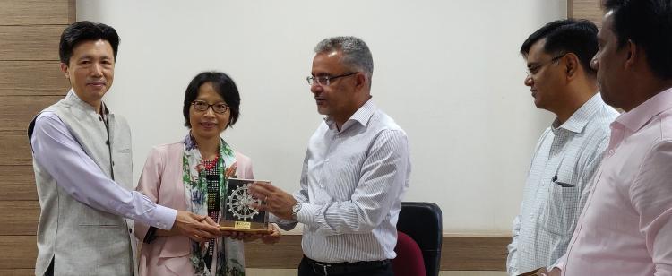 Mr Zha Liyou, Consul General, China (Kolkata) met Mr Sanjeev Chopra, IAS, Principal Secretary, Industries Department, to discuss business tie-ups between Odisha and China